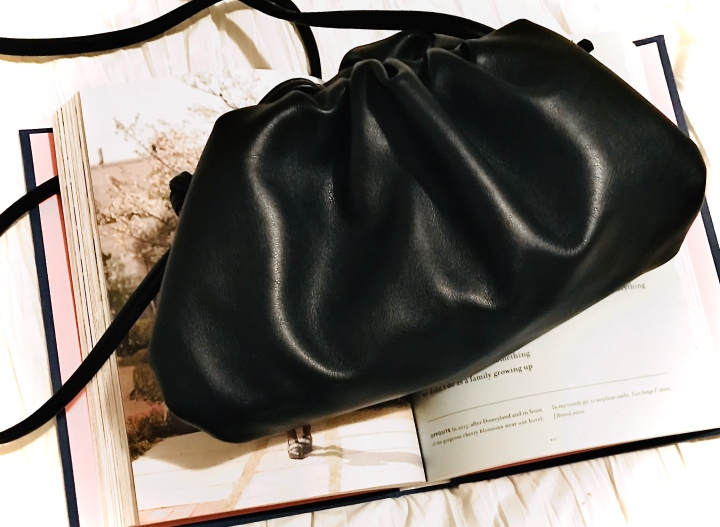 Fashion for Less: The Pouch (inspired by BottegaVeneta)